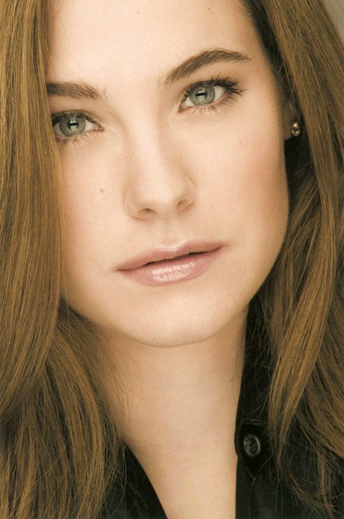 Caroline Dhavernas.